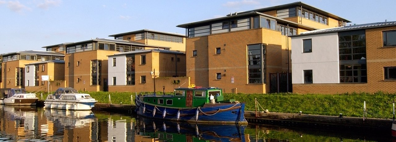 Brayford Pool Accommodation