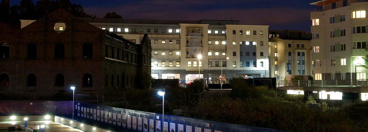 City of Bristol College by night